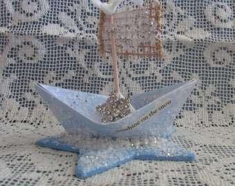 whimsical paper boat snow winter is coming star xmas winter House Stark snow frozen cake topper centerpiece