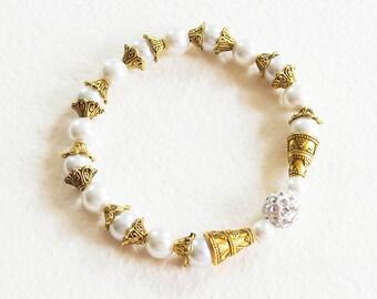 Bracelet Féerique - Jour de Fête - Blanc et Or - Perles nacrées, perle Shamballa, Métal doré - Bijou créateur en pièce unique