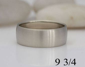 White gold wedding band, size 9 3/4, #533.