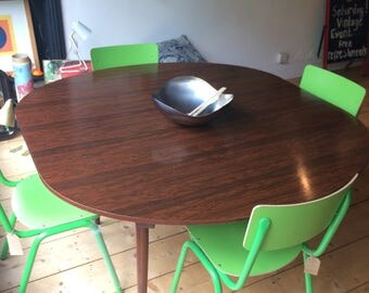 Greaves And Thomas Rosewood Dining Table. Extending.