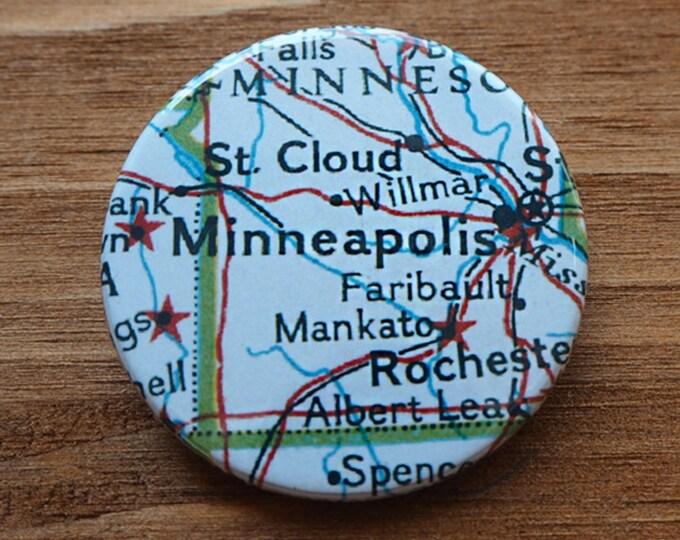 Pinback Button, Minneapolis, USA, Ø 1.5 Inch Badge, Atlas, Travel, vintage, fun, typography, whimsical