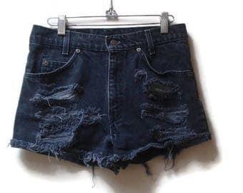 SALE Black Levi's Jean Cutoff Shorts 550 size 29