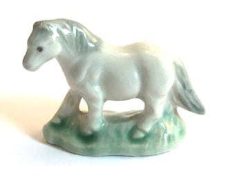 Wade Whimsie: Whimsie-Land Pony Figurine 1984 - Wade - Wade Figurines - Wade Pottery - Wade Collectables - Wades - Whimsie Pony - Wade Pony