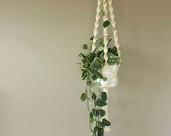Gardening plant holder, White Macrame plant hanger for medium pot, Spiral pattern plant hanger