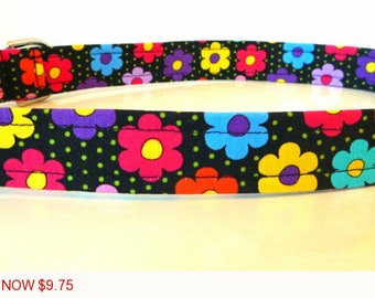 "Sale - 50% Off - Daisy Dog Collar - Multi Colored Daisies & Dots - ""Avery"" - Free Colored Buckles"