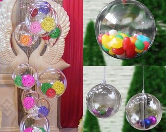 Festive Christmas tree or other ornament ball