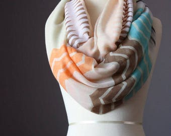 Infinity Scarf light loop tube circle multicolored oversized zig zag