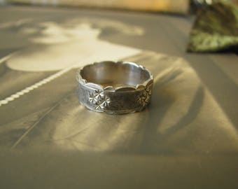 Vintage Sterling Silver Diamond Cut Scalloped Edge Wide Band Ring Wedding ring Bridal Jewelry