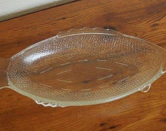 Vintage McKee Glasbake USA Glass Fish Serving Bowl Oven Safe Bakeware Serving Platter