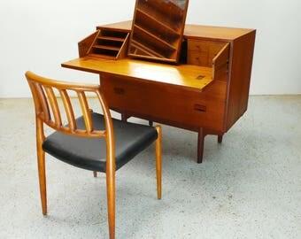 mid century Danish modern teak 3 drawer vanity desk dresser by Borge Mogensen