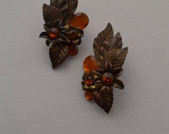 Vintage Retro Autumn Leaves Clip On Earrings
