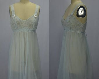 ON SALE 1960s Vanity Fair Pale Blue Lace & Nylon Nighty Size 10 Petite