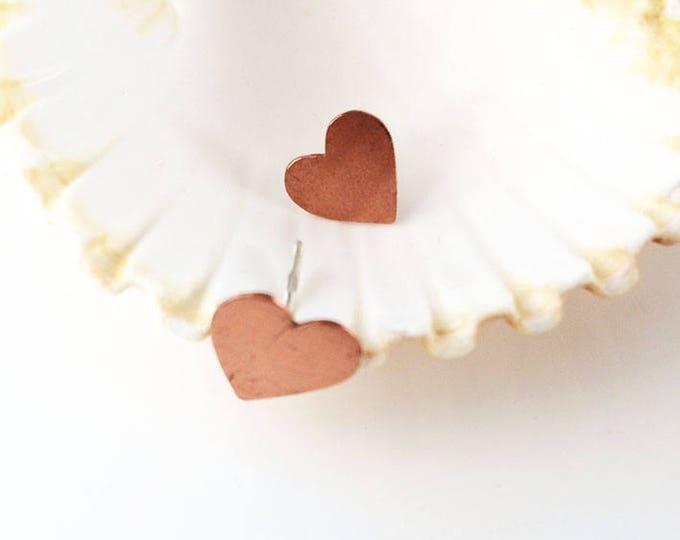 Copper hearts stud earrings - simple hearts earrings - copper earrings - minimalist heart earrings - simple jewelry - valentine gift -cute