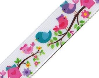 Ribbon grosgrain bird motifs