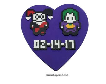 Custom Harley and Joker Heart Wall Hanging - Harley and Joker Wooden Heart Decoration - Harley and Joker Heart Wall Art