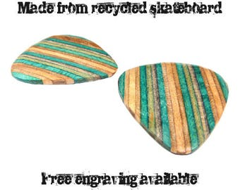 Skateboard Wood Guitar Pick Set, Recycled Skateboard Guitar pick, Wooden Guitar, Wooden Plectrum, Guitar Pick Gift Set, Guitarist Gift