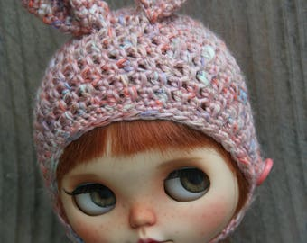 Blythe hat.... bunny