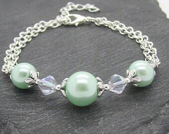 Mint Green Bridesmaid Jewellery, Pearl Bridesmaid Bracelet, Mint Green Wedding, Bridesmaid Gift, Wedding Jewellery, Crystal Bracelet