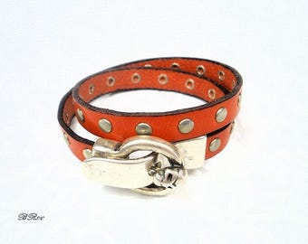 orange nail and BR810 skull leather bracelet
