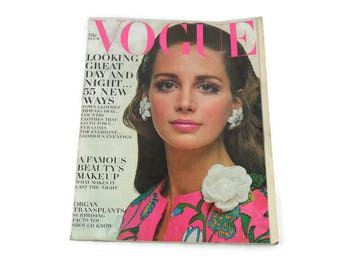 Vintage Vogue Magazine * October 15 1968 * Town and Country Clothes