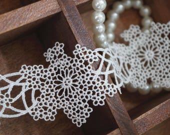 guipure lace trim, venise lace trim, scalloped lace for bridal veil, retrolace trimming by the yard