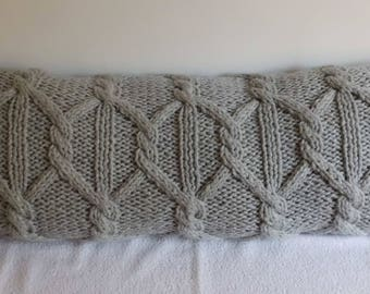 Custom Super Bulky Silver Gray Decorative Cable Knit Pillow Cover, Lumbar Wool Pillow Cover, Knit Pillow Case, Hand Knit Cushion Cover