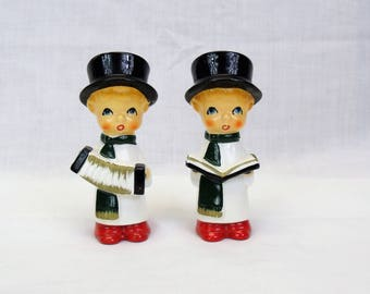 Christmas Carolers salt and pepper Shakers vintage mid century