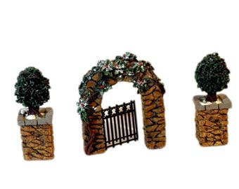 DEPT 56 Stone Corner Post With Holly Trees and Stone Archway, Department 56 Village Accessories, Retired 52649, 3 Piece Set