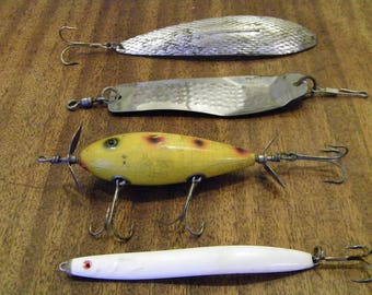 Vintage Fishing Lures Dart Southbend