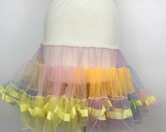 1950s petticoat pale rainbow netting net half slip rock n roll under skirt pastels netting full flared underskirt UK 14 max 50s pin up 24""