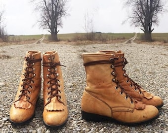 20% OFF FLASH SALE Vintage Golden Honey Laredo Lace Up Roper Southwestern Desert Boots || Ladies Size 6