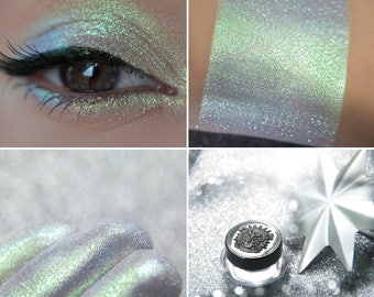 Eyeshadow: The Glow of the Fallen Star - Alchemy. Magical green-blue eyeshadow by SIGIL inspired.