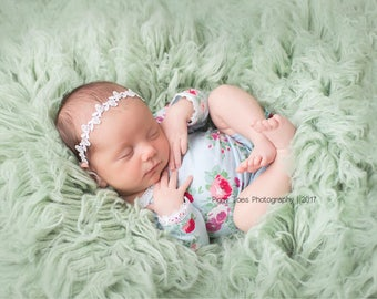White dainty headband ,Baby headband ,White photo prop headband
