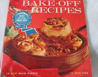Vintage 1964 Pillsbury 15th Grand National - 100 Bake-Off Recipes cookbook from Colletors estate -  Estate find!