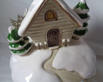 Christmas Music Box 1979 Hand Painted Otagiri