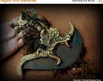 CIJ Sacred Buddhist Kartika Blade Dorje Handled Brass Ritual Object Dragon Sky Iron Blade Lightning Rod Religious Artifact w/ banner and tas