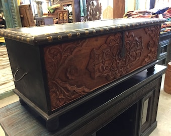 Calcutta Coffee Table Floral Carved Chest Dark Brown Rectangle Antique Wooden Treasure Trunk