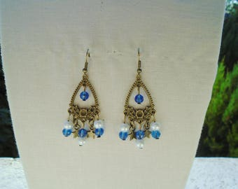 Earrings prints, stars and glass beads and Pearl.