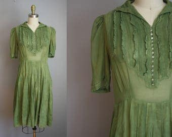 1930s Sheer Dress // Green with Pearl Buttons // Small