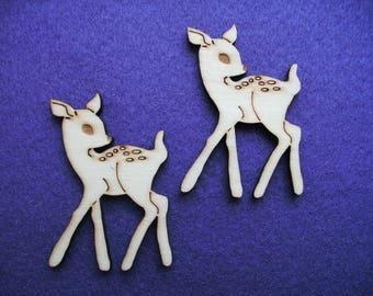 2 fawns, Wood, 6.5 x 5 cm  (10-0017A)