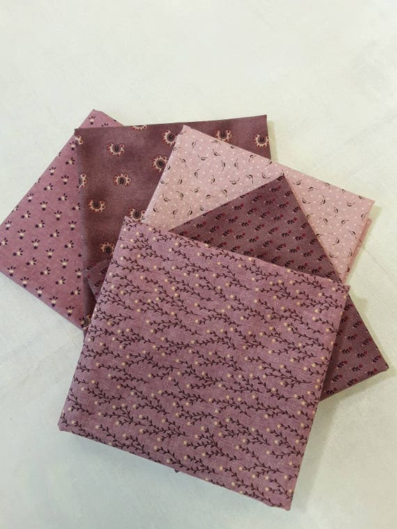 Fat Quarter Bundle of 5 Kim Diehl Quilt Fabrics In Pink and Mauve From Henry Glass Fabrics, Flowers, Leaves, Vines