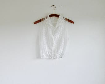 3 DAY FLASH SALE!! 20% off. 1960s white eyelet cotton cropped embroidery pin tuck tulle blouse. // Fits a size S-M