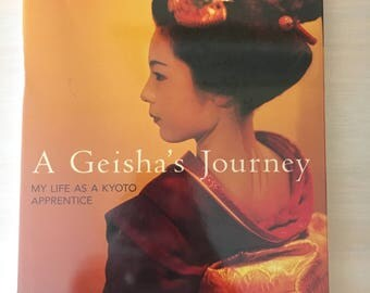 A Geisha's Journey- My Life as a Kyoto Apprentice by Komomo maiko kimono