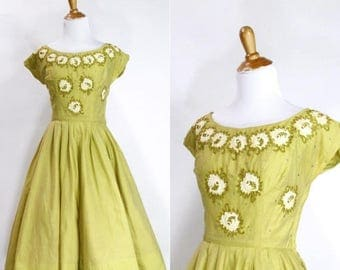 VACATION SALE Vintage 1950s Dress | 50s Floral Beaded Appliqué Party Dress | Chartreuse Green | S M