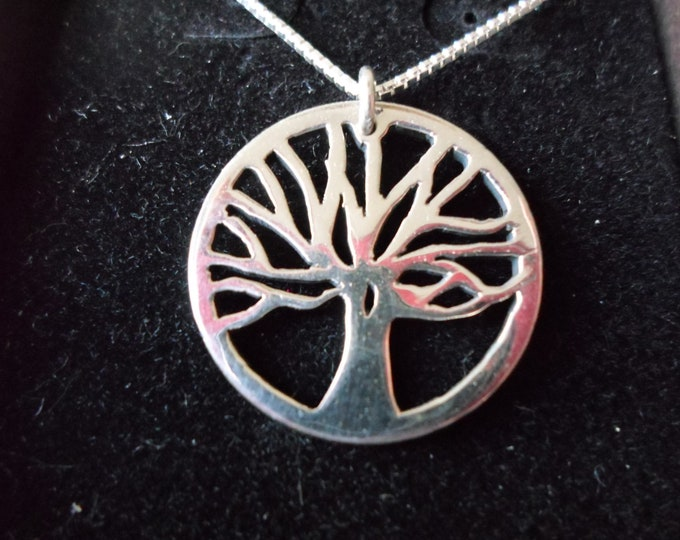Tree of life dime size w/sterling silver chain