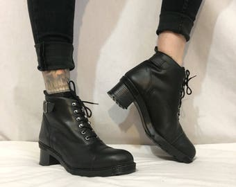 Vintage 1990's Chunky Black Lace Up Ankle Boots