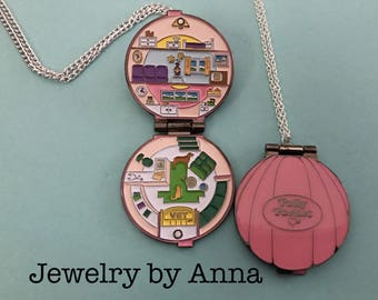 Polly Pocket Opening Compact Necklace