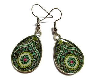 Teardrop Earrings, drop earrings Paisley Pattern, green BOHO Earrings, Hippie Earrings, Indian Pattern, Ethnic Earrings, Tribal Earrings