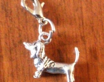 charm's hook charm dog basset