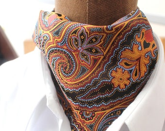 ascot tie, Paisley, Ascot necktie in brown-gold